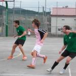 Iker y Aritz frenan a un jugador del Boga Juniors